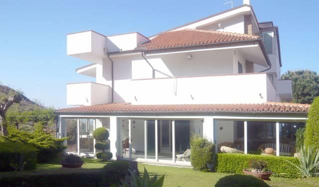 Villa-Villetta Vendita Crotone