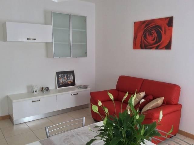 Appartamento arredato in affitto Rif. 4853925