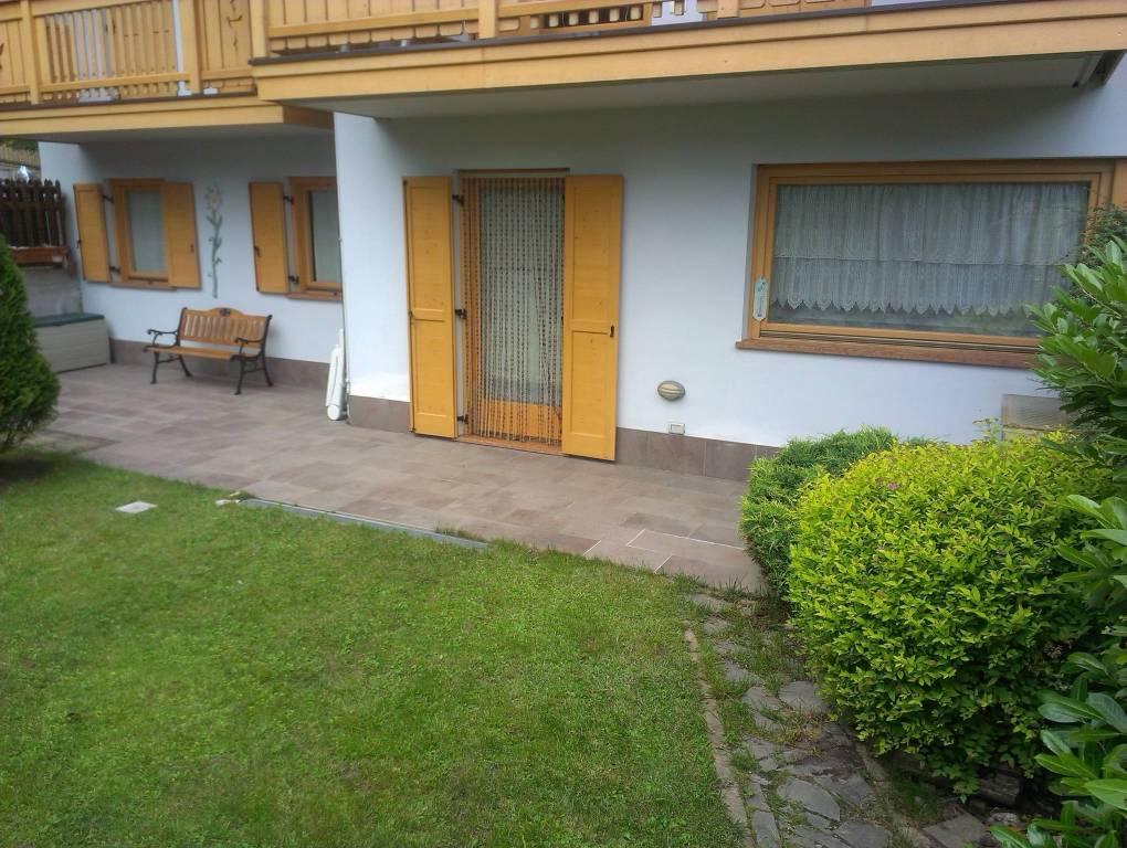 Appartamento in ottime condizioni arredato in vendita Rif. 8522736