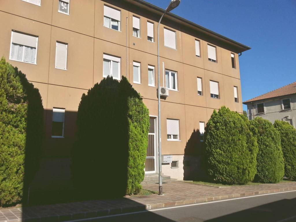 Tre locali con taverna in vendita a Cernusco Lombardone