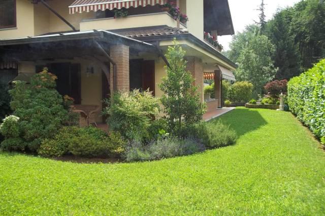 Villa parzialmente arredato in vendita Rif. 4333061