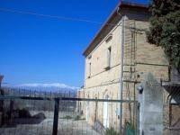 Rustico / Casale in buone condizioni in vendita Rif. 9013861
