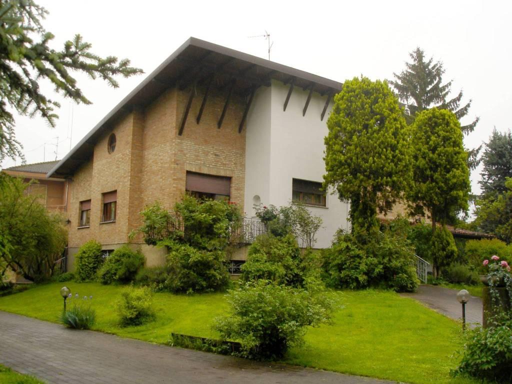 Villa in vendita a Bariano, 6 locali, prezzo € 500.000 | CambioCasa.it
