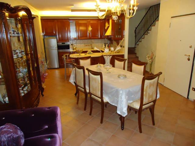 Soluzione Indipendente in vendita a Soliera, 6 locali, prezzo € 180.000 | CambioCasa.it