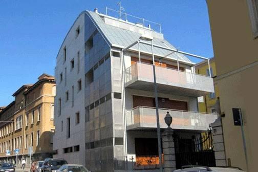 Ufficio / Studio in vendita a Bergamo, 6 locali, prezzo € 580.000 | CambioCasa.it