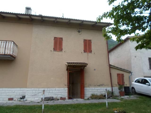 Casa Indipendente in ottime condizioni parzialmente arredato in vendita Rif. 4228070