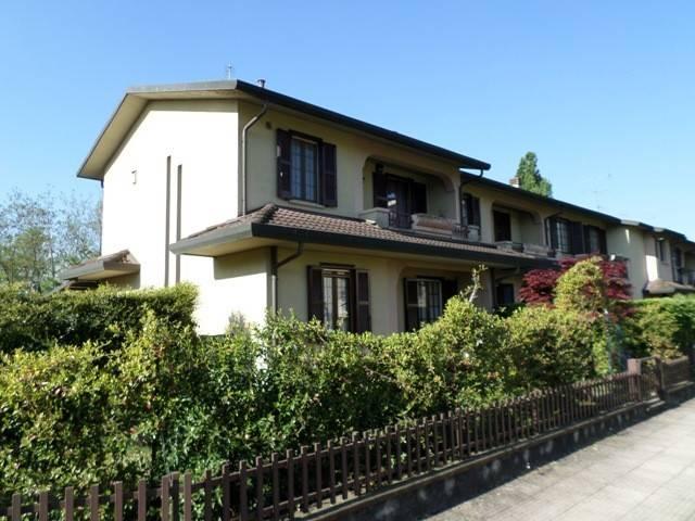 Villa a Schiera in vendita a Albano Sant'Alessandro, 4 locali, prezzo € 239.000   CambioCasa.it