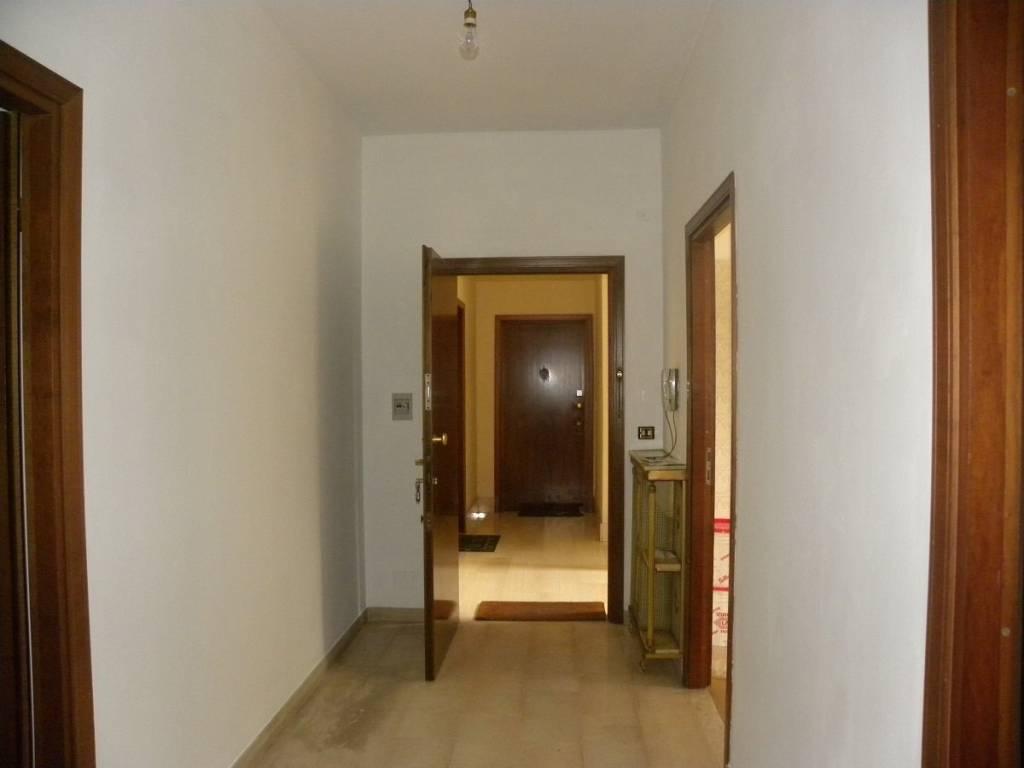 Appartamento in buone condizioni in vendita Rif. 4811218