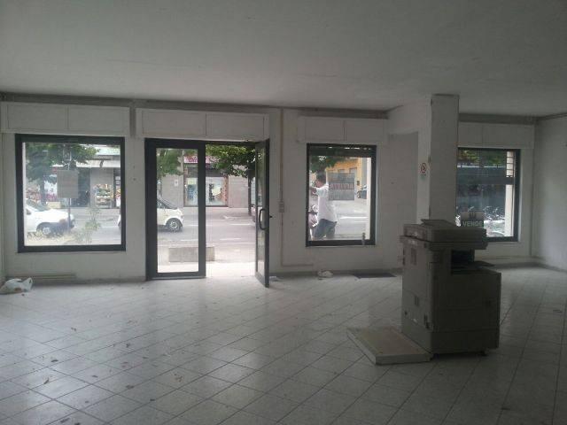 Attività commerciale in affitto Rif. 8828850