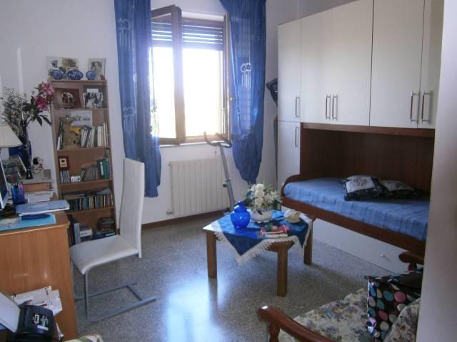 Appartamento in ottime condizioni parzialmente arredato in vendita Rif. 5037516