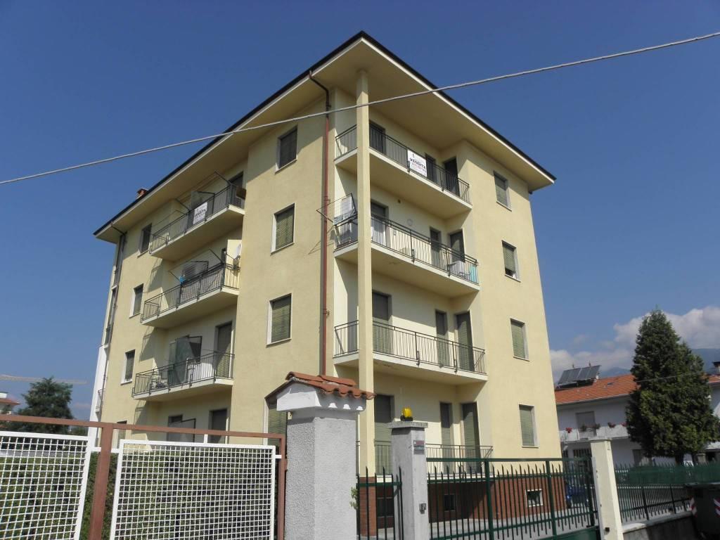 Appartamento da ristrutturare in vendita Rif. 8776588