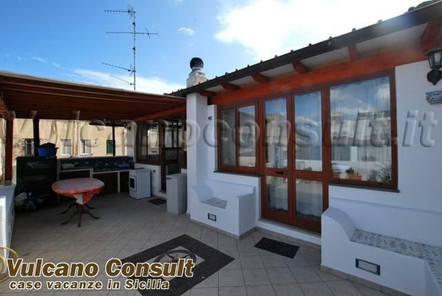 Appartamento trilocale in vendita a Lipari (ME)