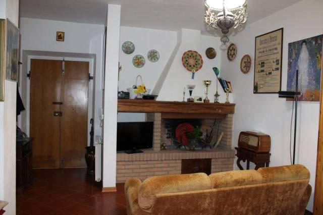 Villa-Villetta Villa in Vendita a Castiglion Fibocchi