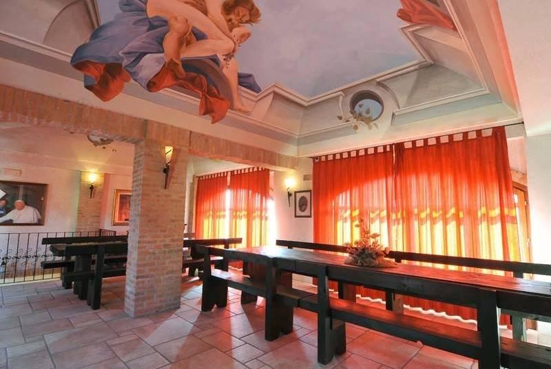 Villa in vendita a Magliano Alfieri, 5 locali, prezzo € 590.000 | CambioCasa.it