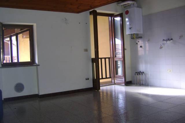 Appartamento in ottime condizioni in affitto Rif. 7334020
