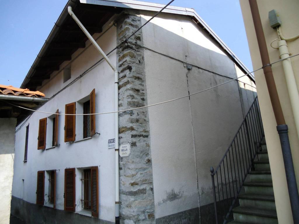 Rustico / Casale da ristrutturare in vendita Rif. 4218676