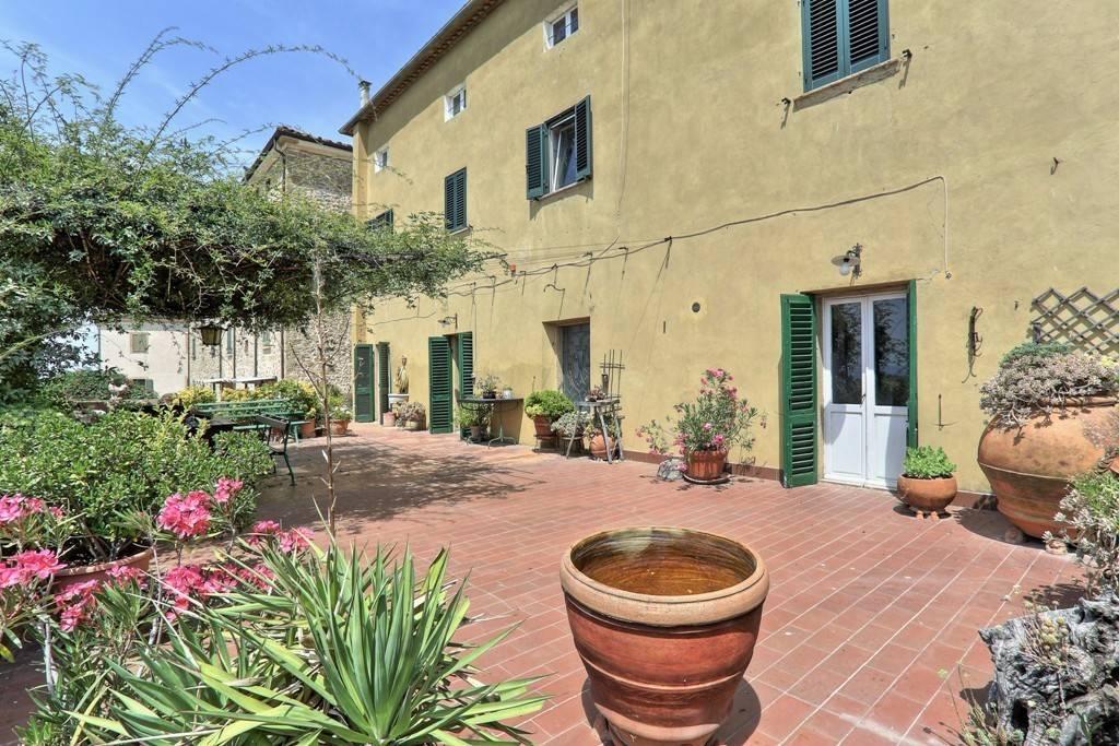 Appartamento in ottime condizioni in vendita Rif. 8786650