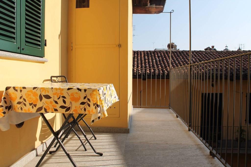 Appartamento in ottime condizioni arredato in affitto Rif. 8157245