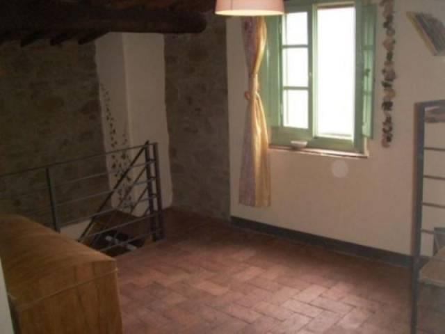 Appartamento in vendita a Pistoia zona collinare