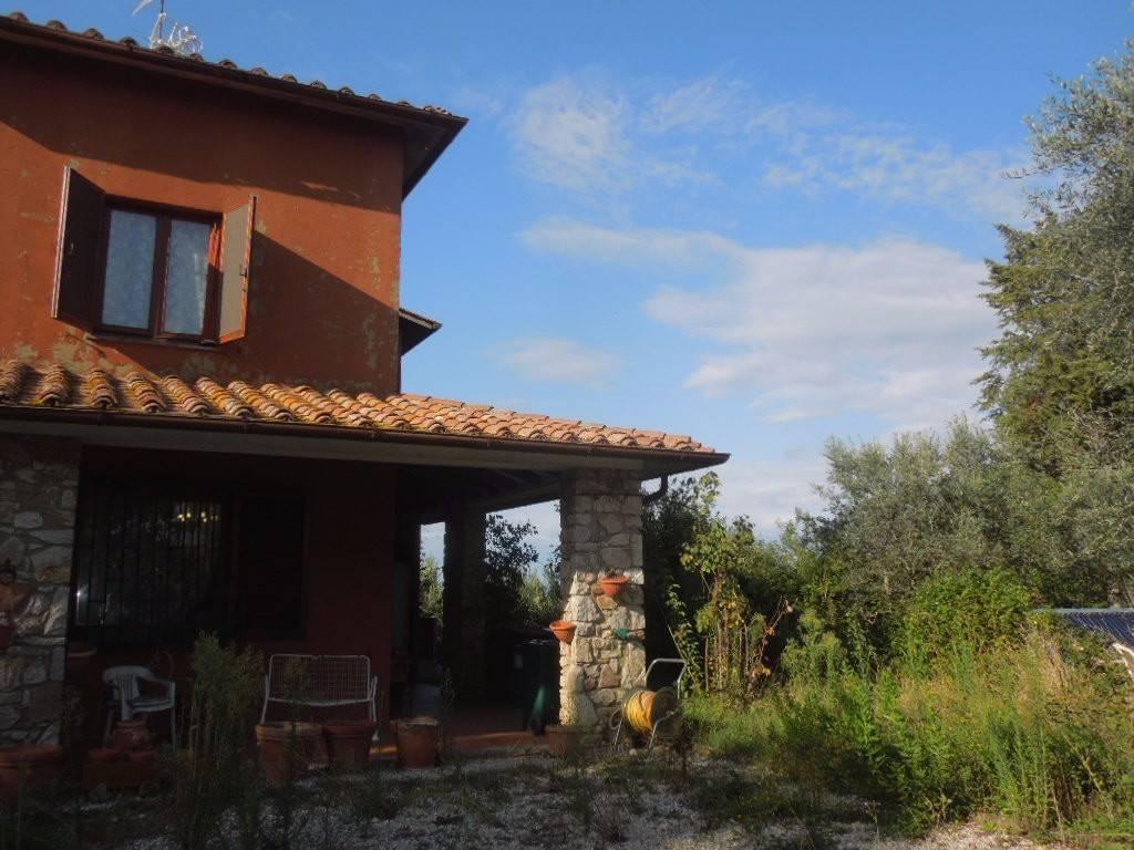 Villa in Vendita a Citta' Della Pieve: 5 locali, 200 mq