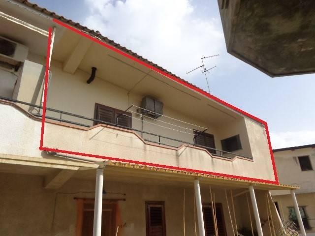 Appartamento in buone condizioni in vendita Rif. 4221191