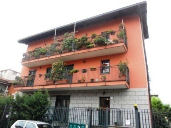 Appartamento in ottime condizioni in vendita Rif. 6736559