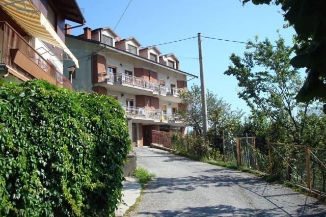 Appartamento in ottime condizioni in vendita Rif. 4180088