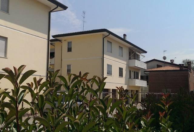 Appartamento in ottime condizioni in vendita Rif. 4415075