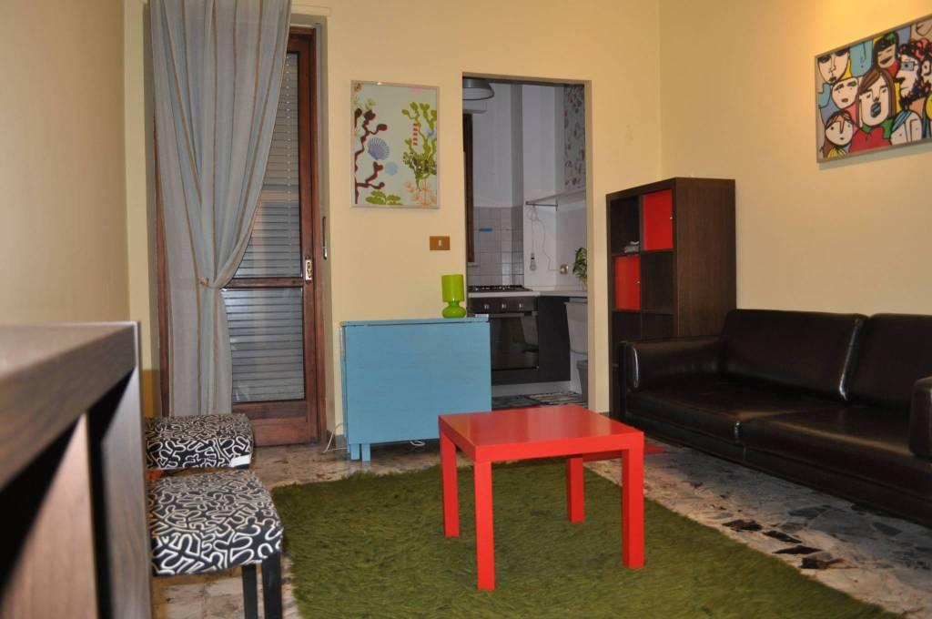 Appartamento in buone condizioni arredato in affitto Rif. 8353536