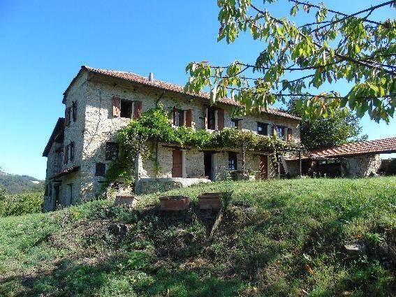 Foto 1 di Rustico / Casale strada Provinciale 147 13, Perletto