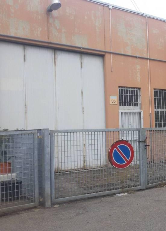 Capannone in affitto a Settimo Milanese, 1 locali, prezzo € 850 | PortaleAgenzieImmobiliari.it