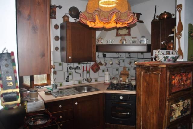 Appartamento in vendita a Roburent, 3 locali, prezzo € 60.000 | CambioCasa.it