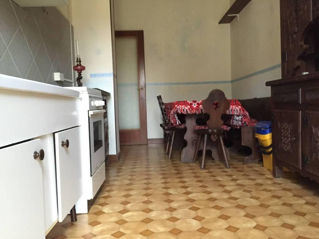Appartamento in ottime condizioni arredato in affitto Rif. 7567778