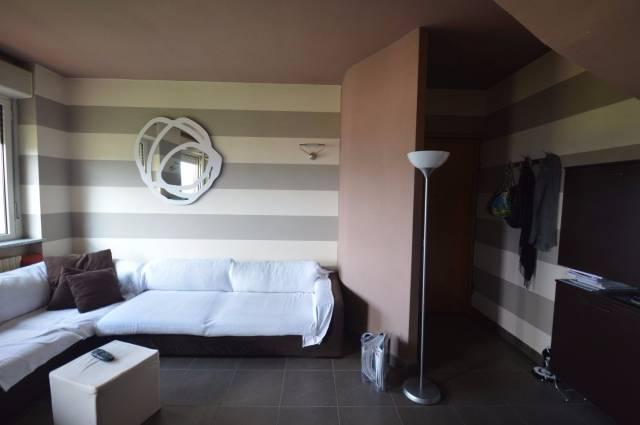 Appartamento in vendita a Borgomanero, 3 locali, prezzo € 129.000   CambioCasa.it