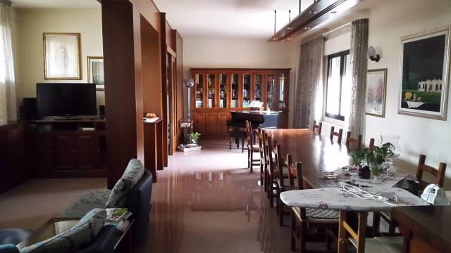 Villa-Villetta in Vendita Padova