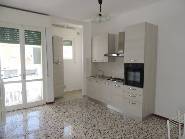 Appartamento in affitto a Vercelli, 2 locali, prezzo € 400 | CambioCasa.it