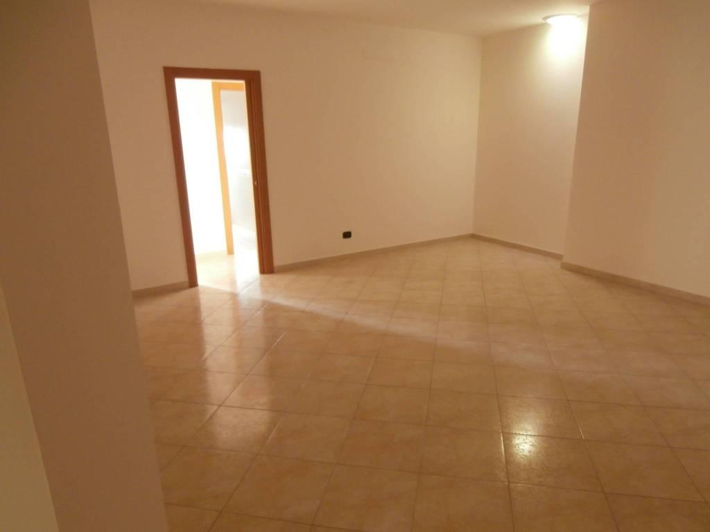 Comodo appartamento al primo piano