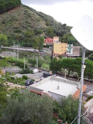 Appartamento in Vendita a Messina Semicentro Sud: 3 locali, 60 mq
