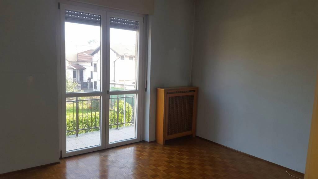 Appartamento in ottime condizioni in affitto Rif. 9290225