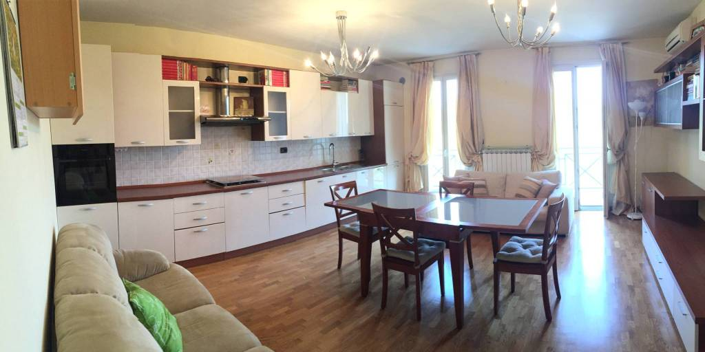 Appartamento in ottime condizioni arredato in vendita Rif. 8593664