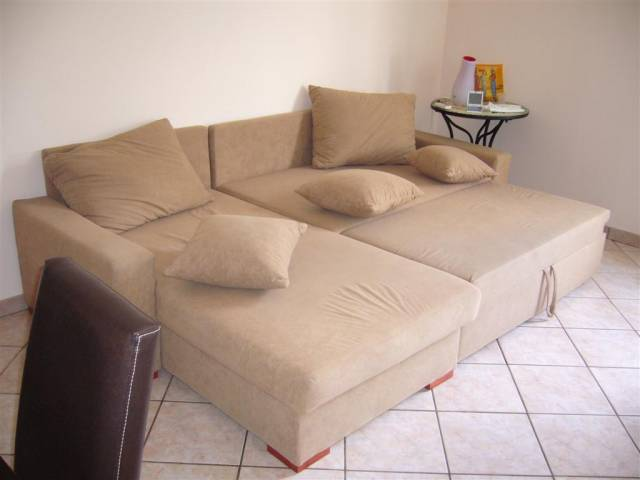 Appartamento in buone condizioni arredato in vendita Rif. 4239237