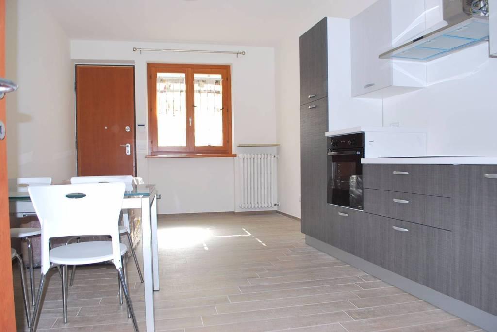 Appartamento in affitto a Monticello d'Alba, 2 locali, prezzo € 400   CambioCasa.it
