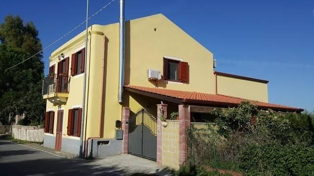 Villa 6 locali in vendita a San Pier Niceto (ME)