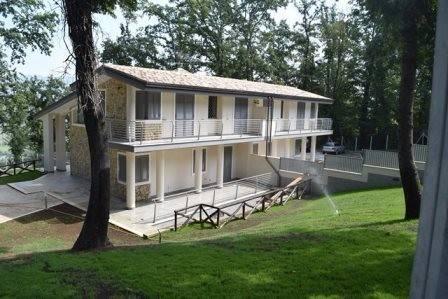 Villa in vendita a Nazzano, 4 locali, prezzo € 495.000 | CambioCasa.it