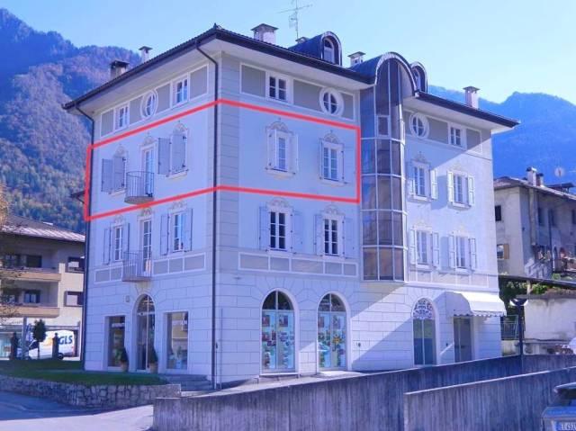 Appartamento in ottime condizioni in vendita Rif. 4366249