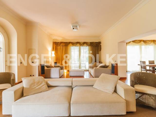 Casa indipendente in Vendita a Roma 05 Montesacro / Talenti / Bufalotta: 5 locali, 600 mq