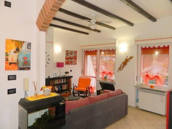 Appartamento in Vendita a Castelnuovo Don Bosco Centro: 4 locali, 95 mq