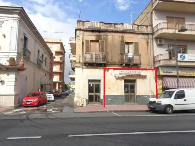 LOCALE COMMERCIALE A MARINA DI GIOIOSA, CORSO C. MARIA Rif. 4221213