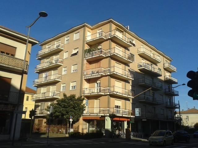 Appartamento in vendita a Santhià, 3 locali, prezzo € 54.000 | CambioCasa.it