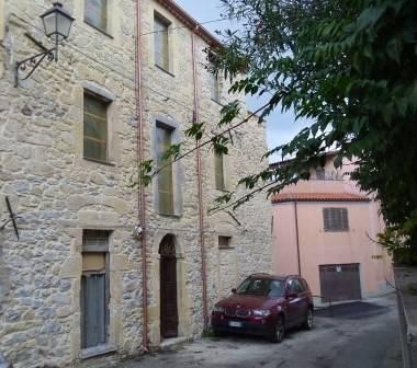Villa da ristrutturare in vendita Rif. 4180018